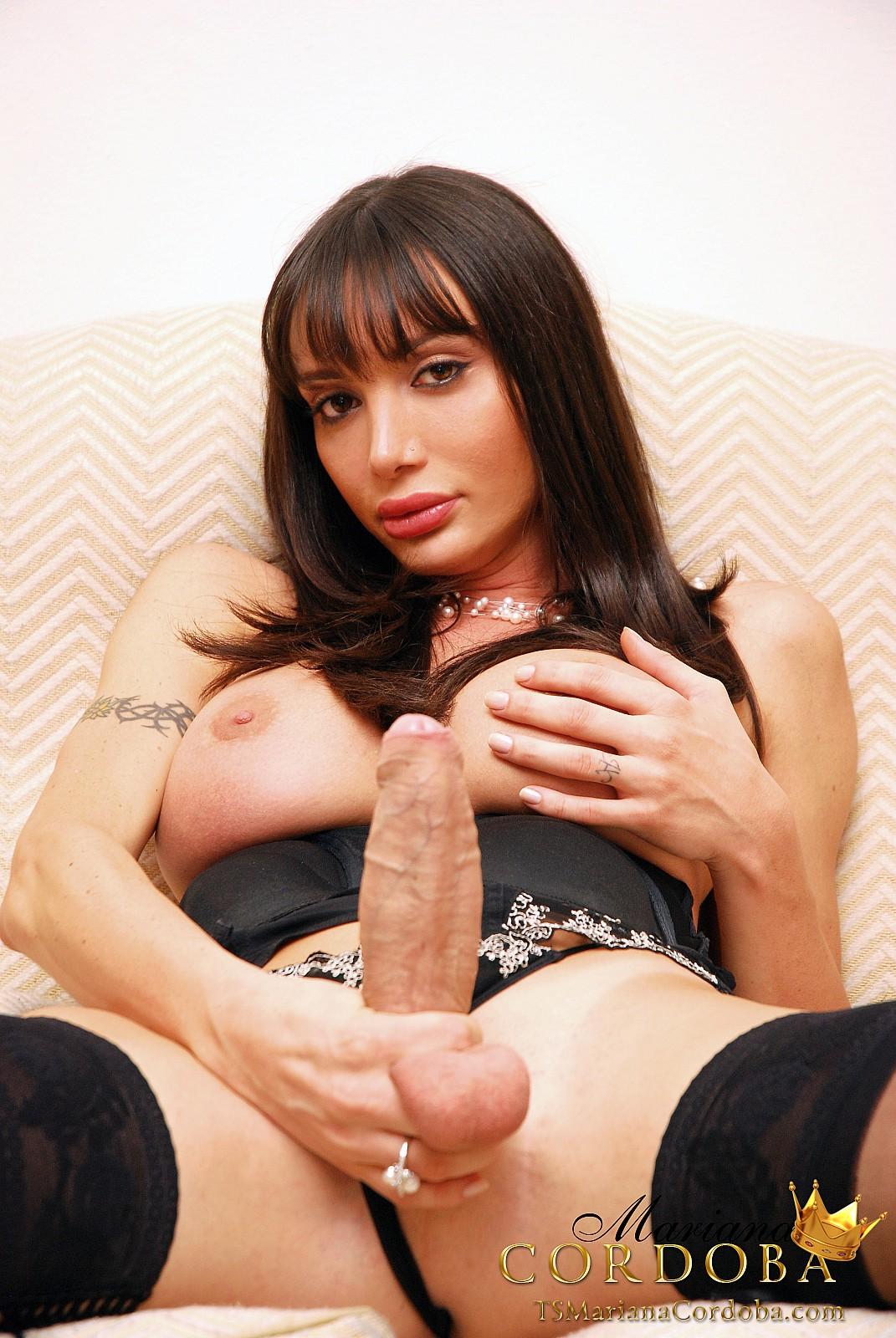 Mariana cordoba nude photo #3